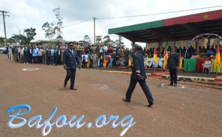 Nkong-ni : M. FOFIE MBOUEDIA Christophe cède le Commandement à M. ABDOULAHI ALIOU