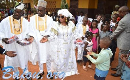 Noël 2019 : Mme MOUAFO Madeleine met le boum dans les cœurs des enfants des écoles de Nkoho et Djioh